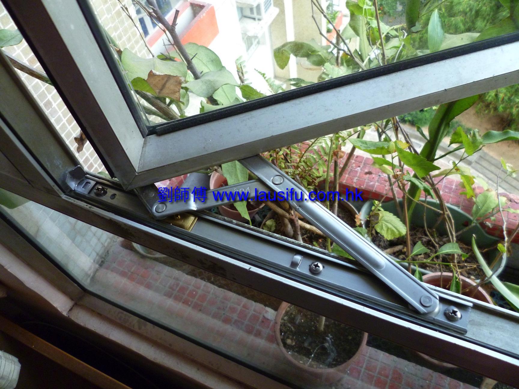 不銹鋼窗鉸配不銹鋼螺絲